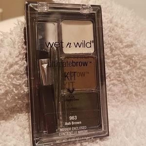Brow Kit Ash Brown Color enclosed Mirror/New